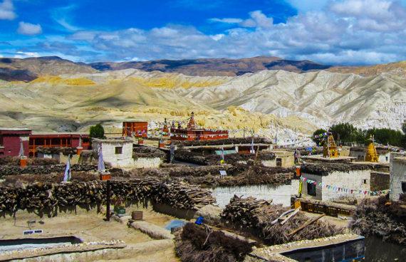 poblado-de-mustang